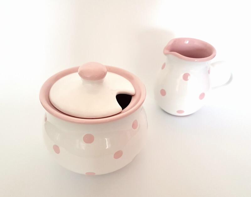 Set Zuckerdose und Milchkännchen mit Pastellpunkten