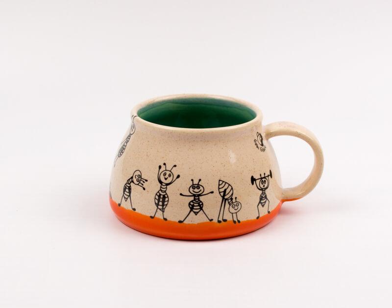 Keramik Tasse mit Ameisen (orange/dunkelgrün) 0,4 L