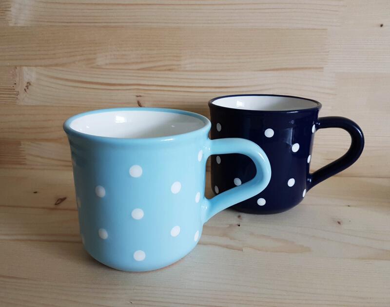 Keramik Frühstücksbecher L blau mit Punkten (0,55 L)