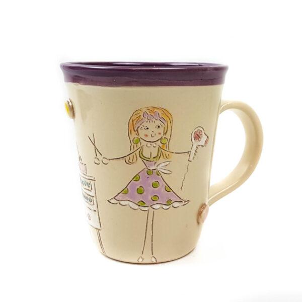 Keramik Becher lila mit Schnucki Frisörin 0,45 L