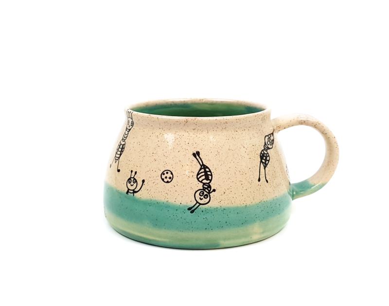 Keramik Tasse mit Ameisen (dunkelgrün/dunkelgrün) 0,4 L